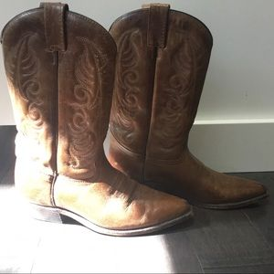 Shoes - Genuine Leather Cowboy Boots Made in Canada 🇨🇦